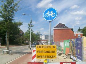 fietsers oversteken