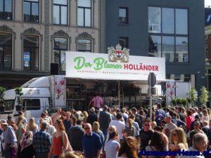 blumen Holländer op de bloemetjesmarkt in Groningen
